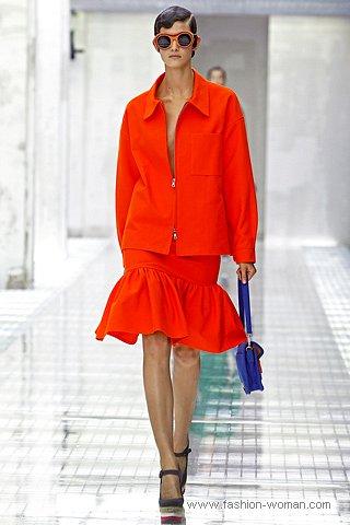 Модный костюм от Прада весна 2011