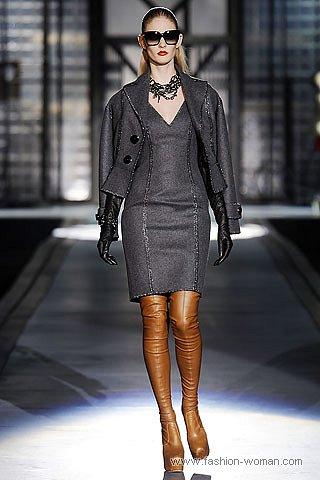 Платье-футляр от Dsquared