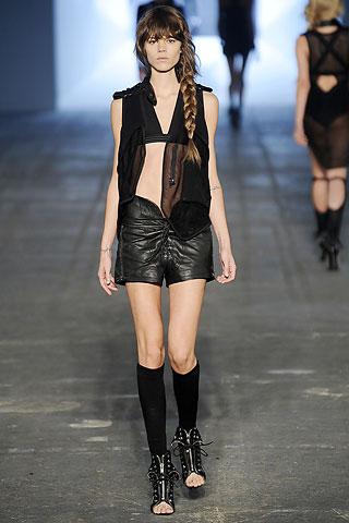 кожаные черные шорты Alexander Wang