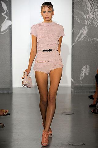 розовые шорты от Nina Ricci