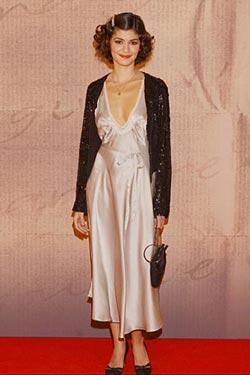 Audrey Tautou в шелковом платье