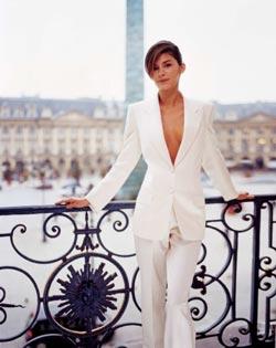 Audrey Tautou в белом костюме