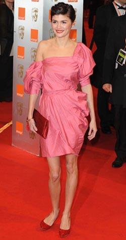 Audrey Tautou в розовом платье