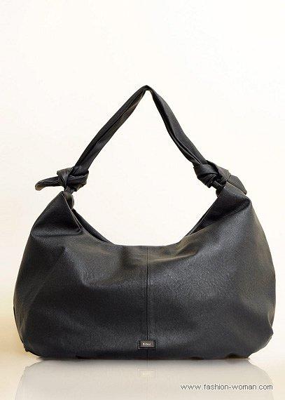 черная сумка-хобо от Mango