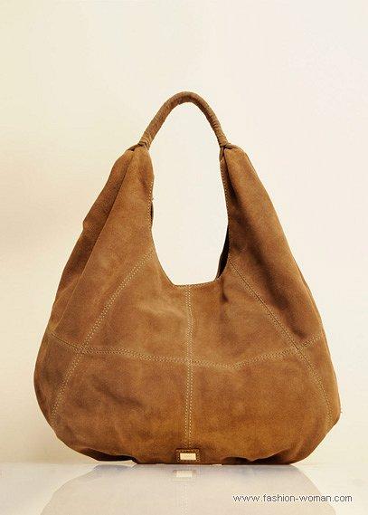 бежевая сумка-хобо от Манго осень-зима 2010-2011. модная сумка-хобо фото.