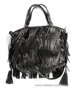Черная сумка с бахромой