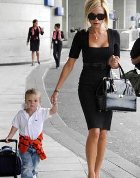 Виктория Бекхэм с сыном