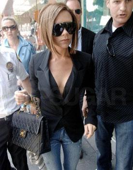 черная сумка Шанель  Виктории Бекхэм