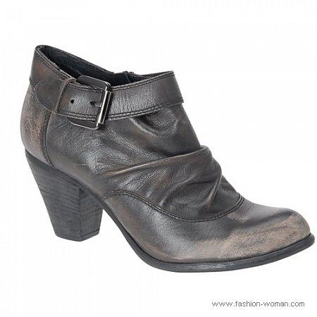 обувь в винтажном стиле