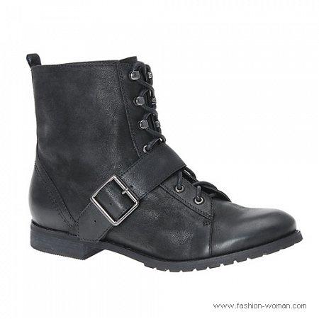 ботинки на шнурках и низком каблуке