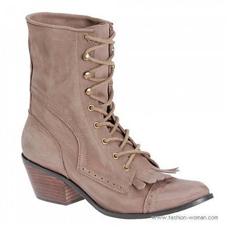 бежевые ботинки в винтажном стиле