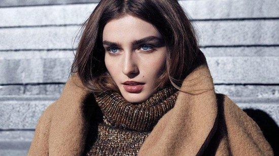 Андреа Диакону в зимнем лукбуке H фото №5