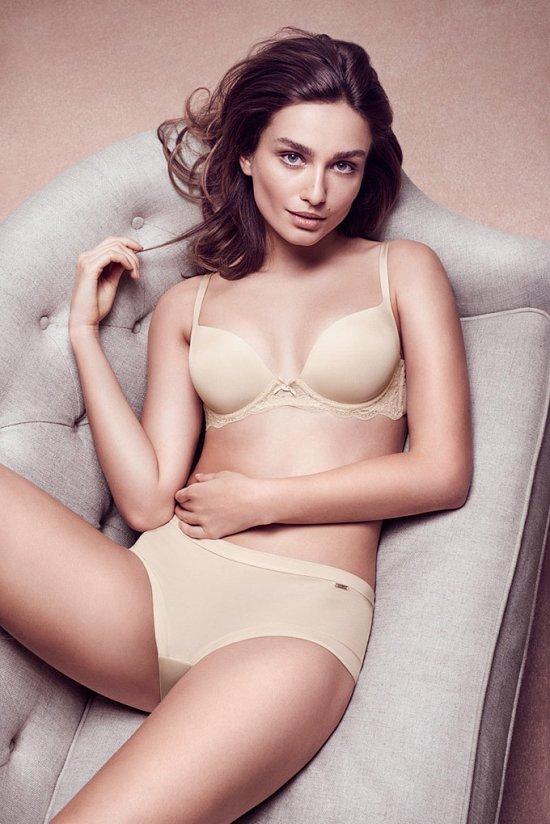Андреа Дьякону в рекламе нижнего белья Lindex осень-зима 2015-2016 фото №2