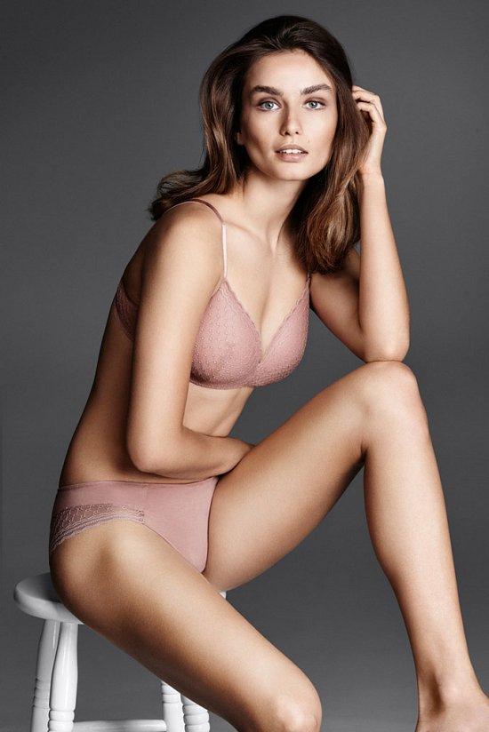 Андреа Дьякону в рекламе нижнего белья Lindex осень-зима 2015-2016 фото №4