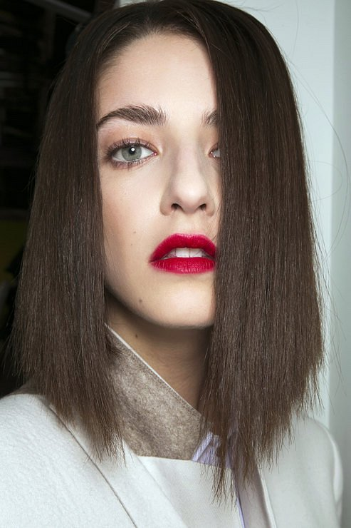 Бордовая помада - beauty-тренд сезона фото №4