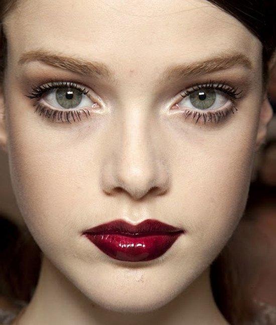 макияж с бордовой помадой