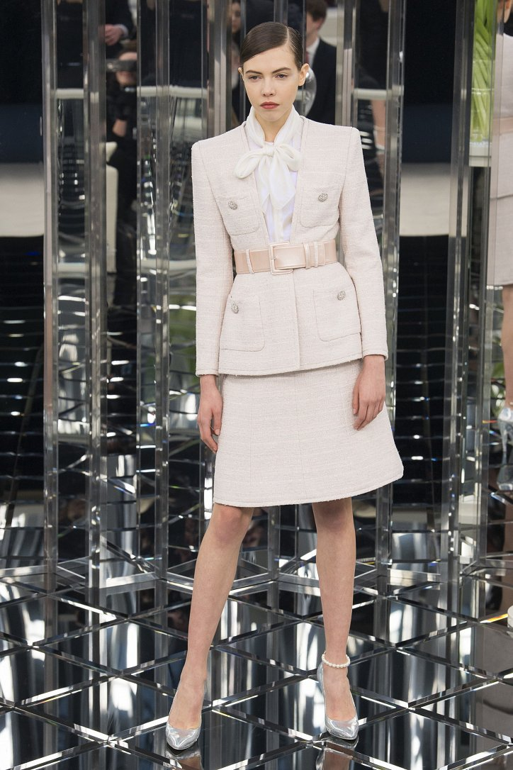 Chanel Haute Couture весна 2017 фото №14