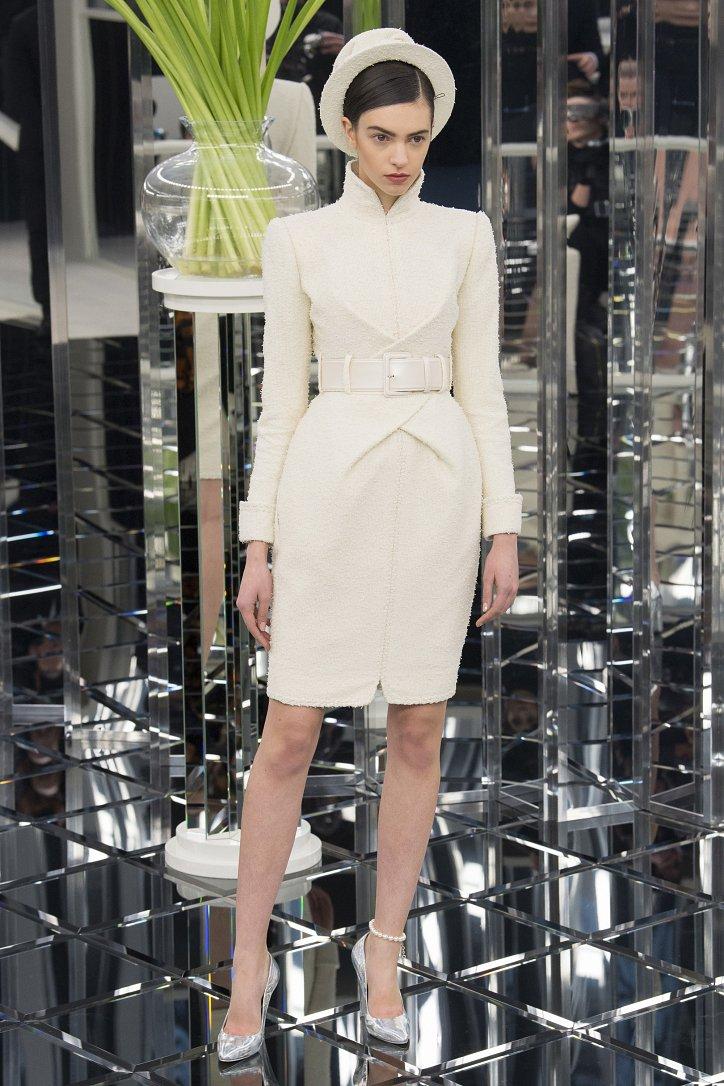 Chanel Haute Couture весна 2017 фото №20