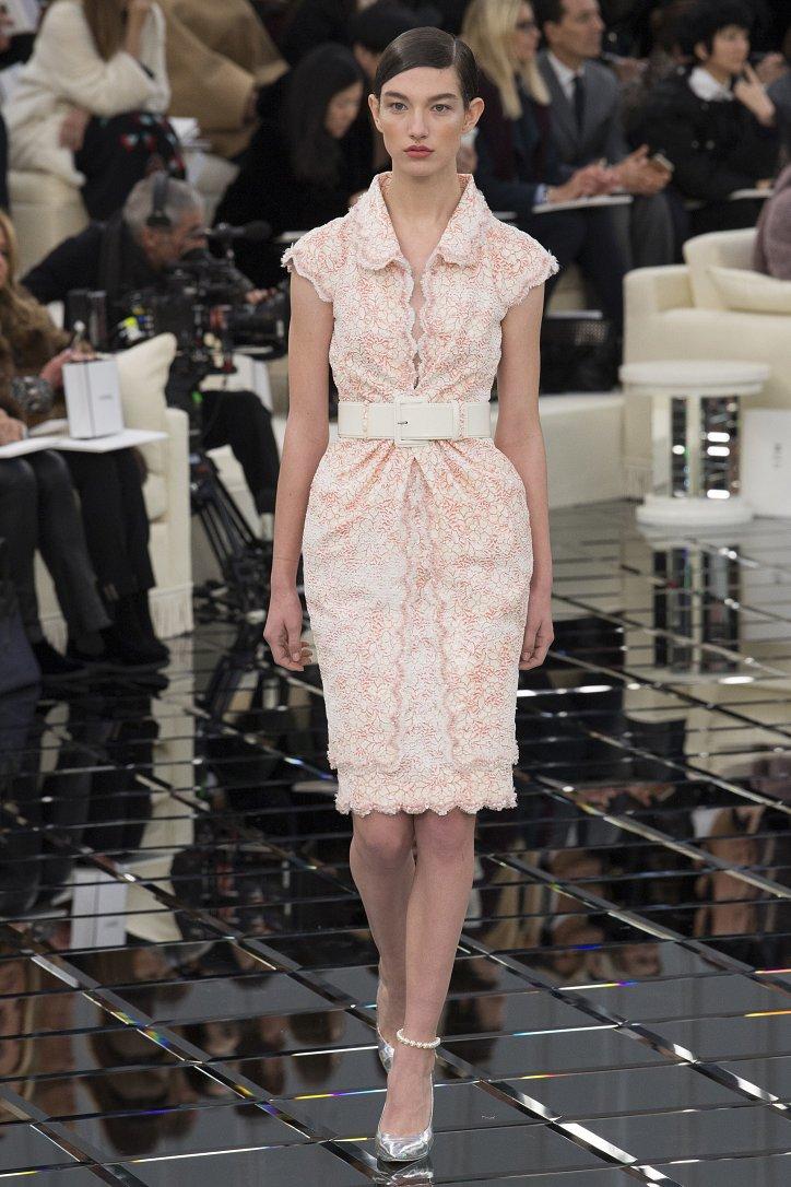Chanel Haute Couture весна 2017 фото №23