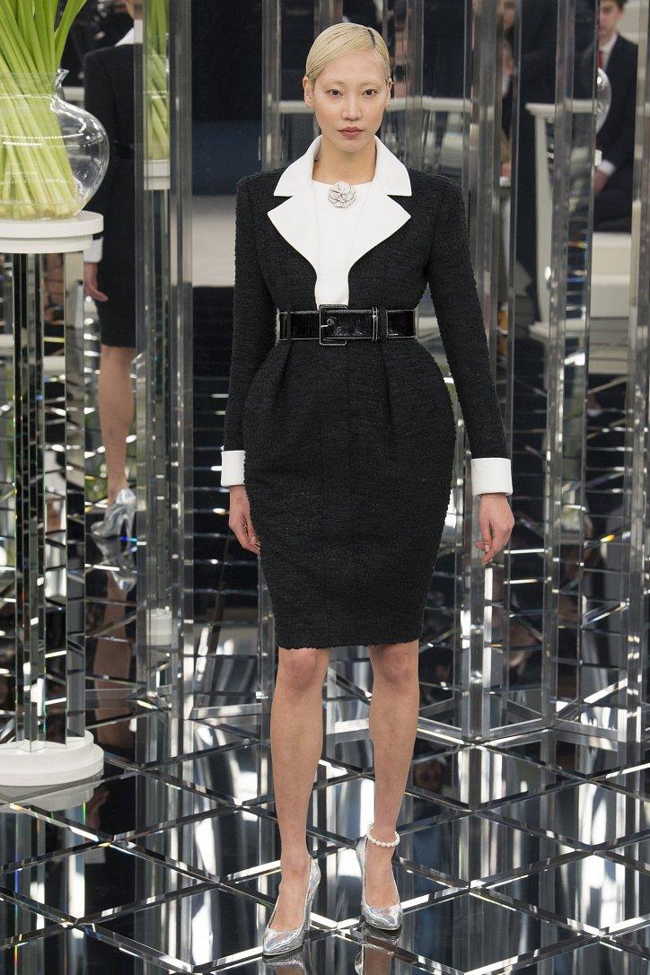 Chanel Haute Couture весна 2017 фото №24