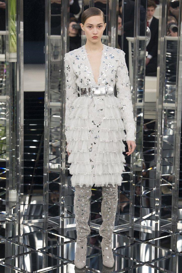 Chanel Haute Couture весна 2017 фото №33