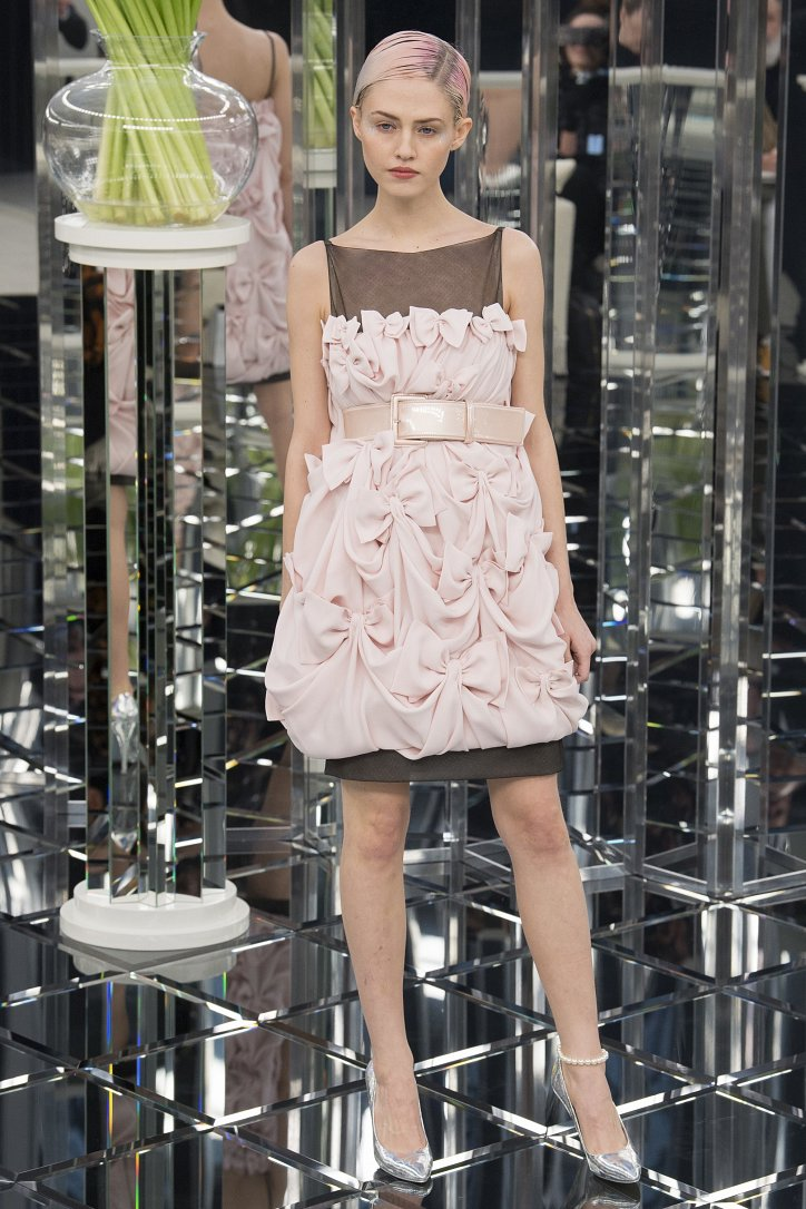 Chanel Haute Couture весна 2017 фото №35
