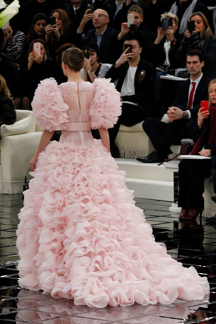 Chanel Haute Couture весна 2017 фото №92