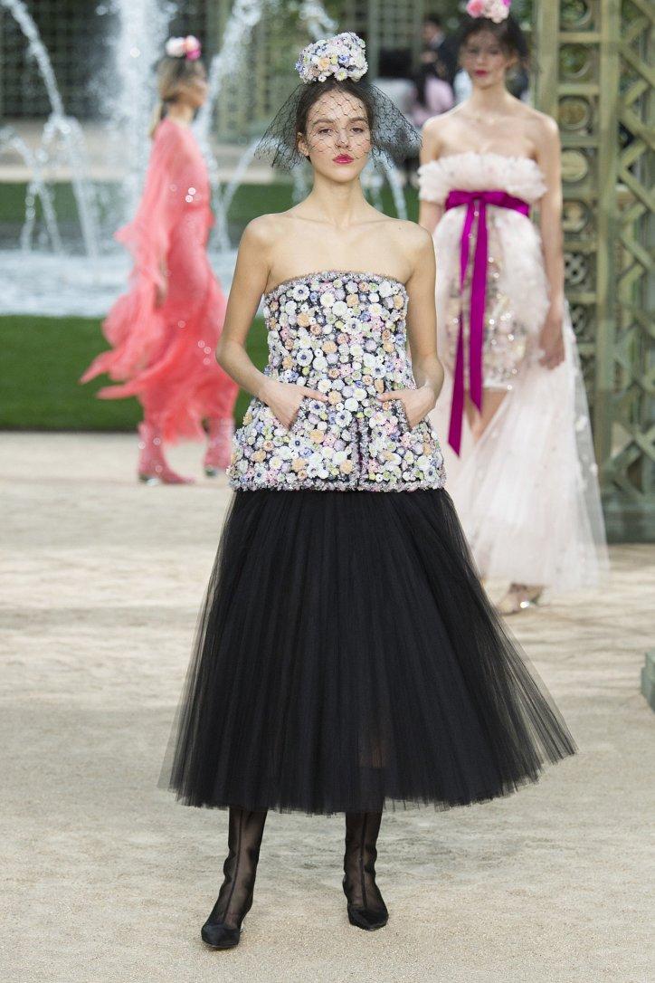 Коллекция Chanel Haute Couture весна-лето 2018 фото №34