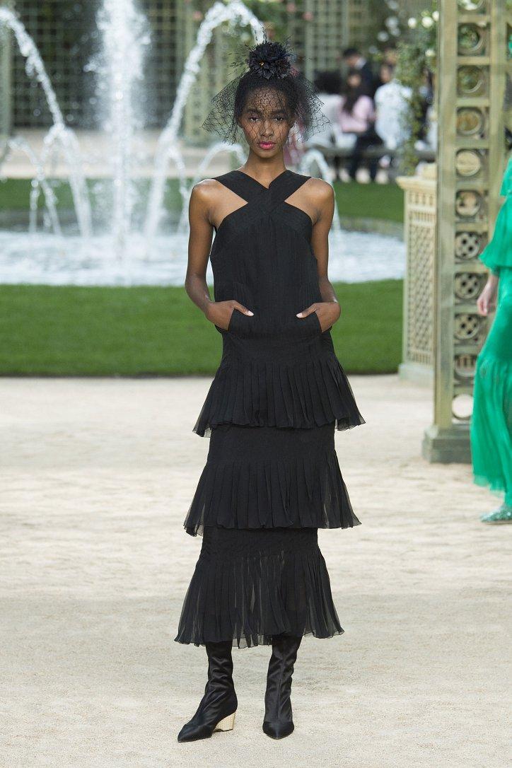 Коллекция Chanel Haute Couture весна-лето 2018 фото №35
