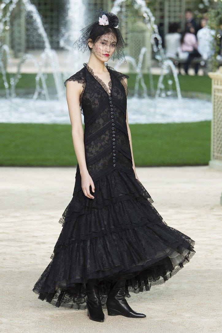 Коллекция Chanel Haute Couture весна-лето 2018 фото №44