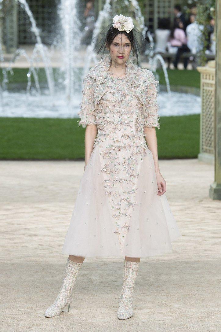 Коллекция Chanel Haute Couture весна-лето 2018 фото №50