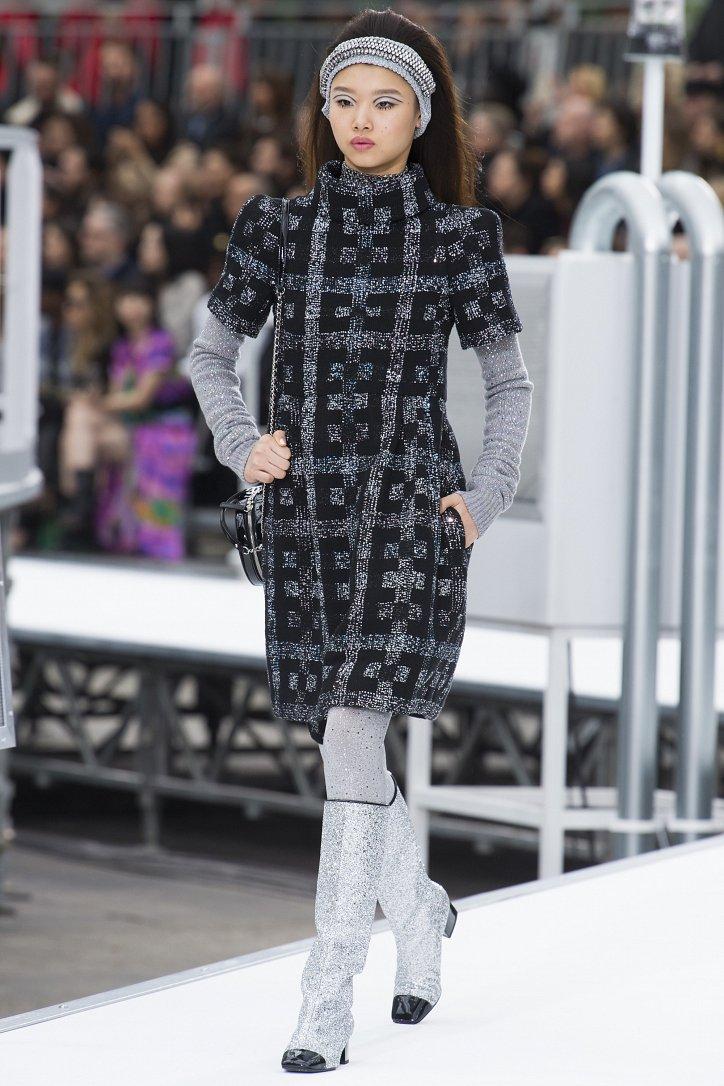 Chanel осень-зима 2017-2018 фото №20