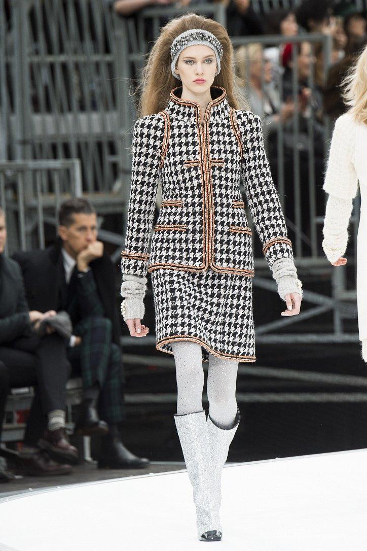 Chanel осень-зима 2017-2018 фото №26