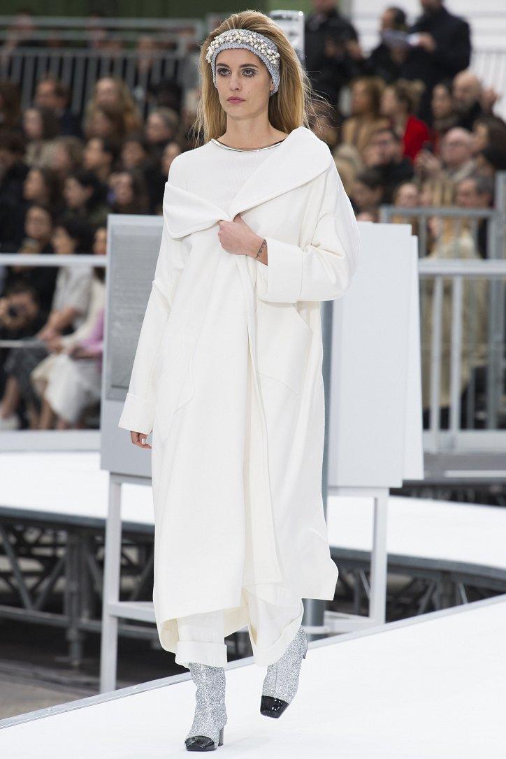 Chanel осень-зима 2017-2018 фото №37