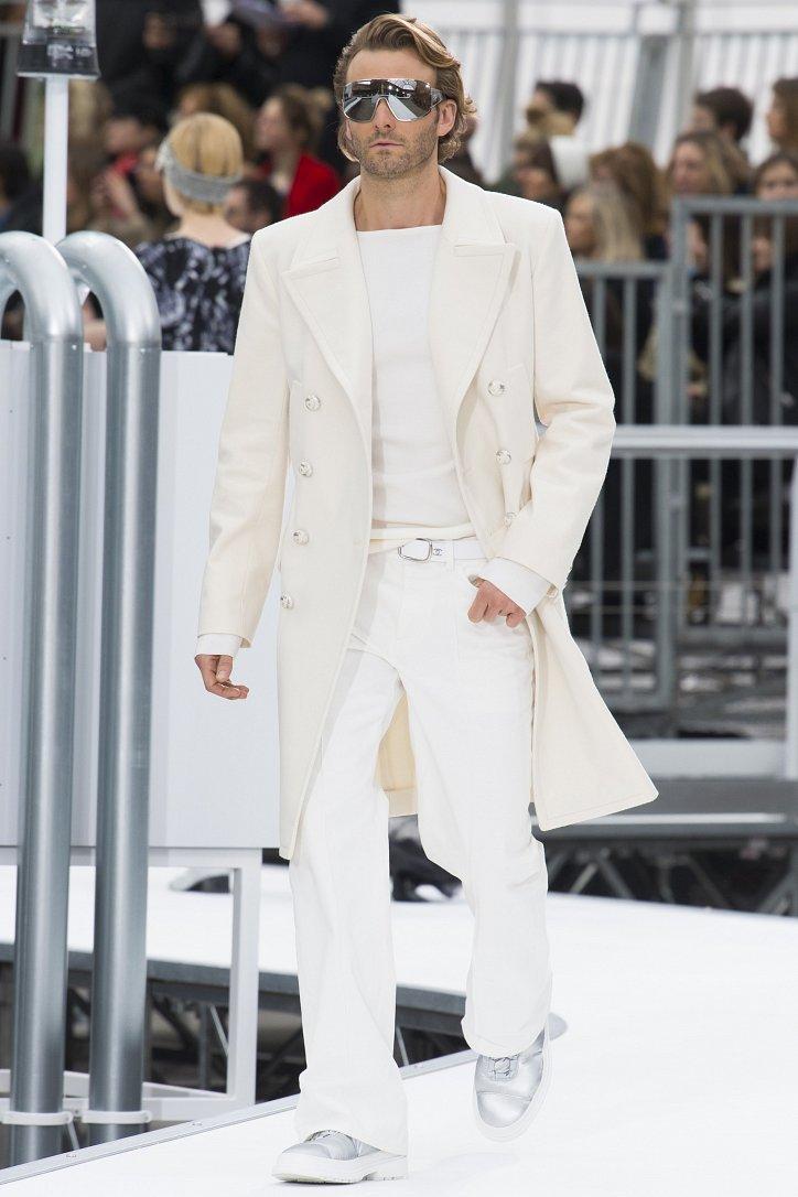 Chanel осень-зима 2017-2018 фото №39