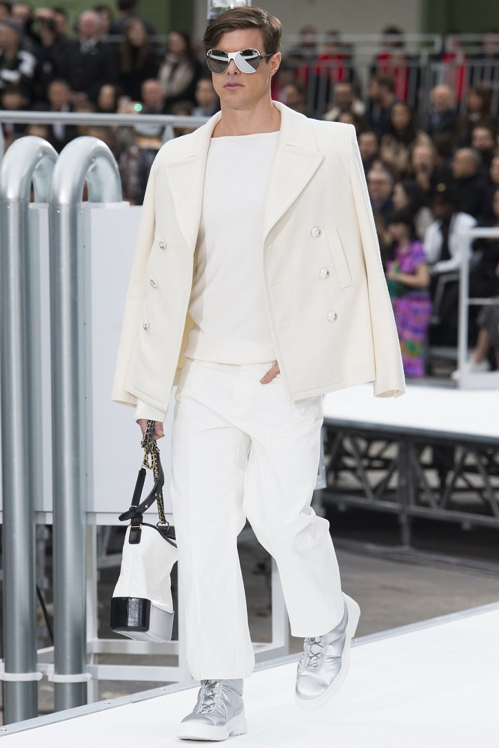 Chanel осень-зима 2017-2018 фото №41