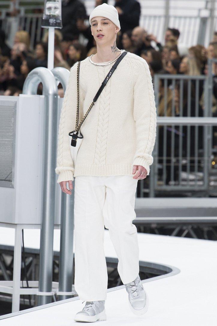 Chanel осень-зима 2017-2018 фото №45