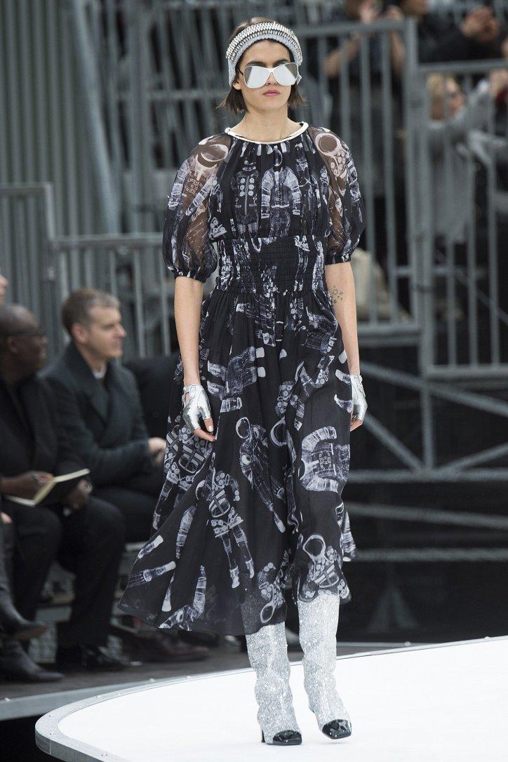 Chanel осень-зима 2017-2018 фото №58