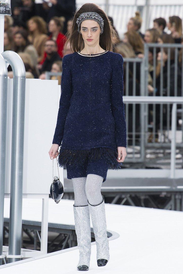 Chanel осень-зима 2017-2018 фото №69