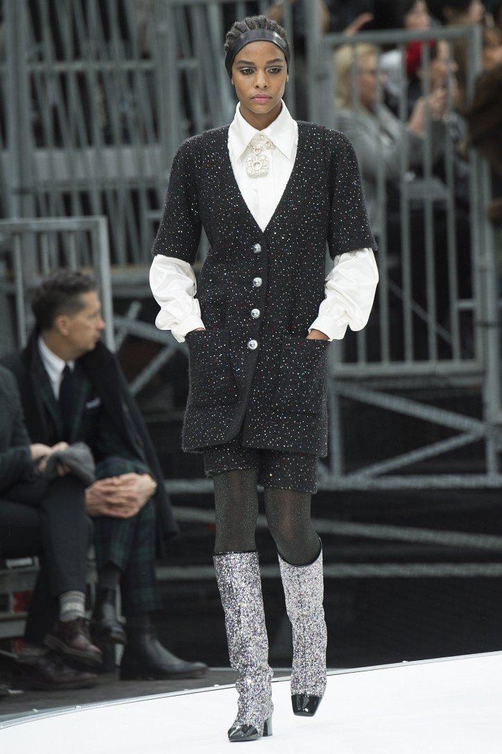 Chanel осень-зима 2017-2018 фото №74