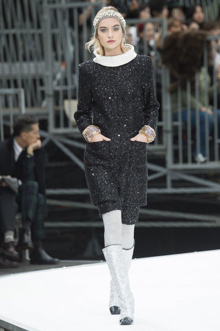 Chanel осень-зима 2017-2018 фото №76