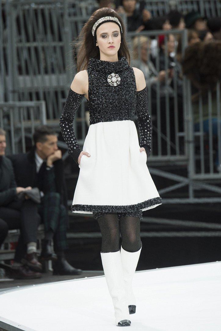 Chanel осень-зима 2017-2018 фото №77