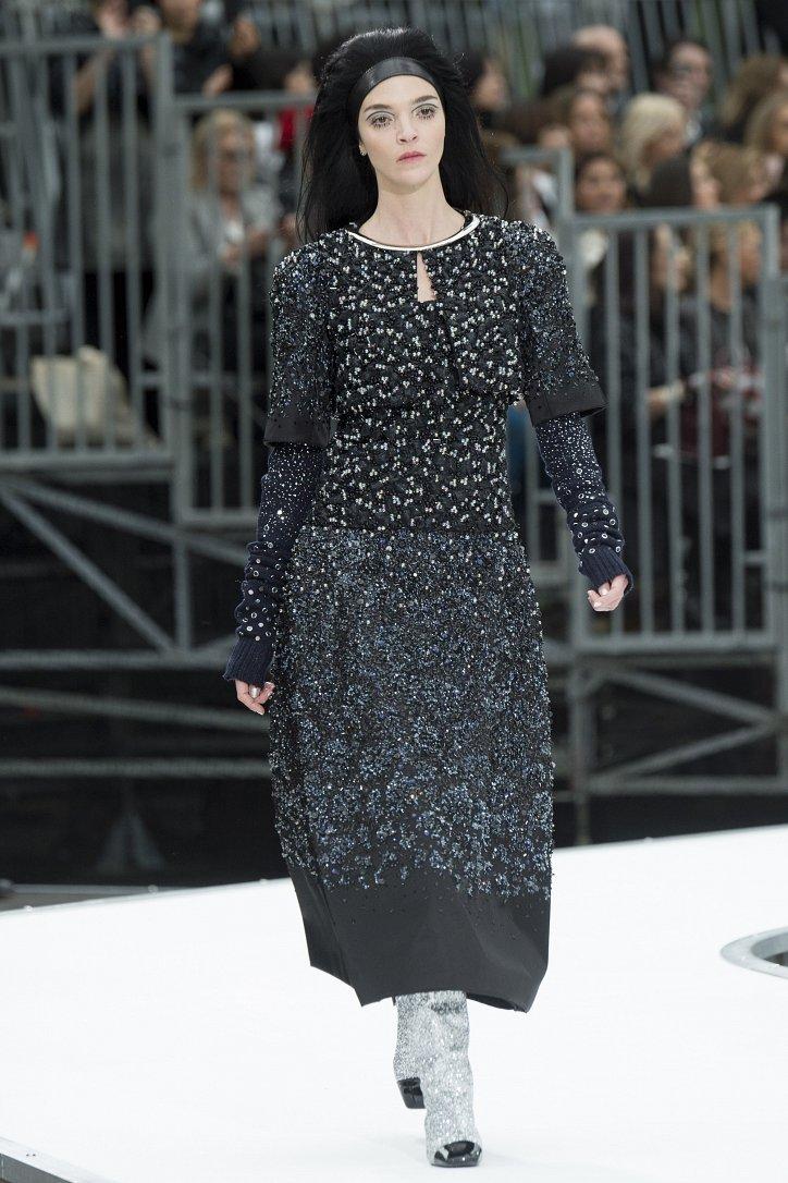 Chanel осень-зима 2017-2018 фото №89