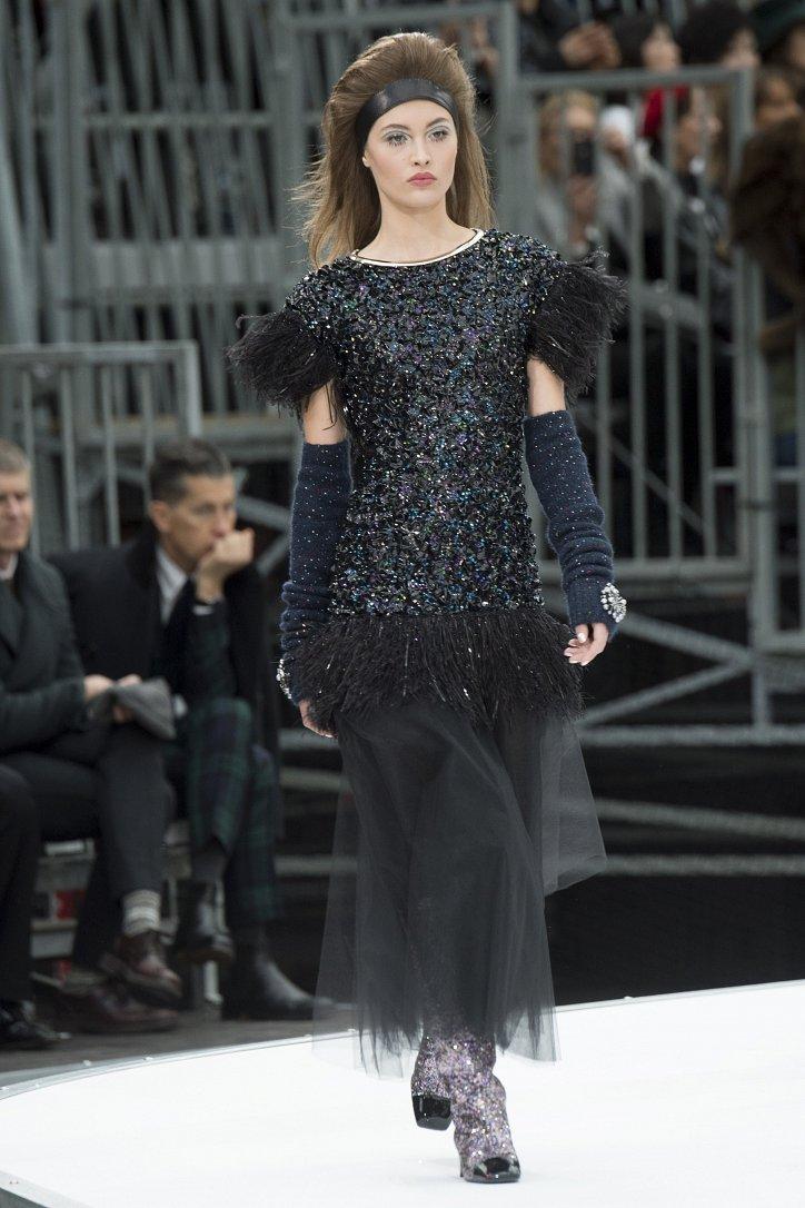 Chanel осень-зима 2017-2018 фото №94