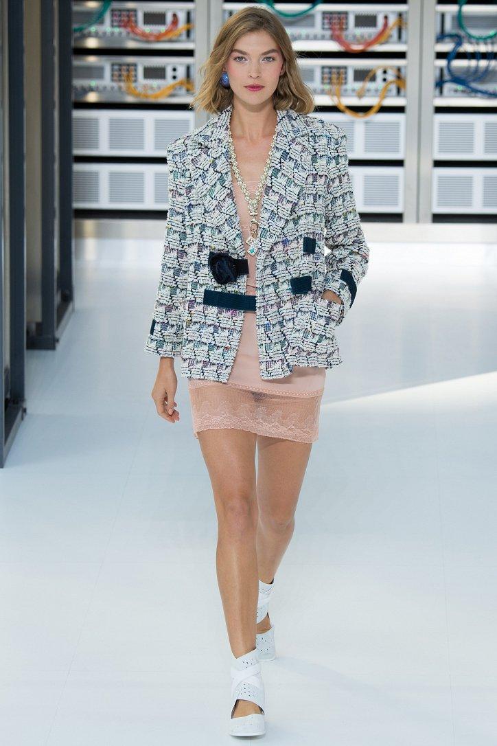 Chanel весна-лето 2017 фото №3