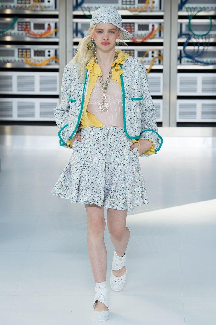 Chanel весна-лето 2017 фото №10