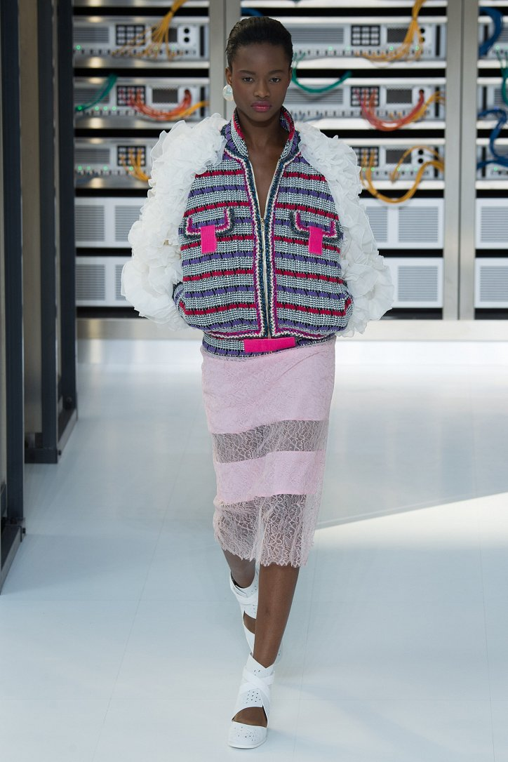 Chanel весна-лето 2017 фото №14