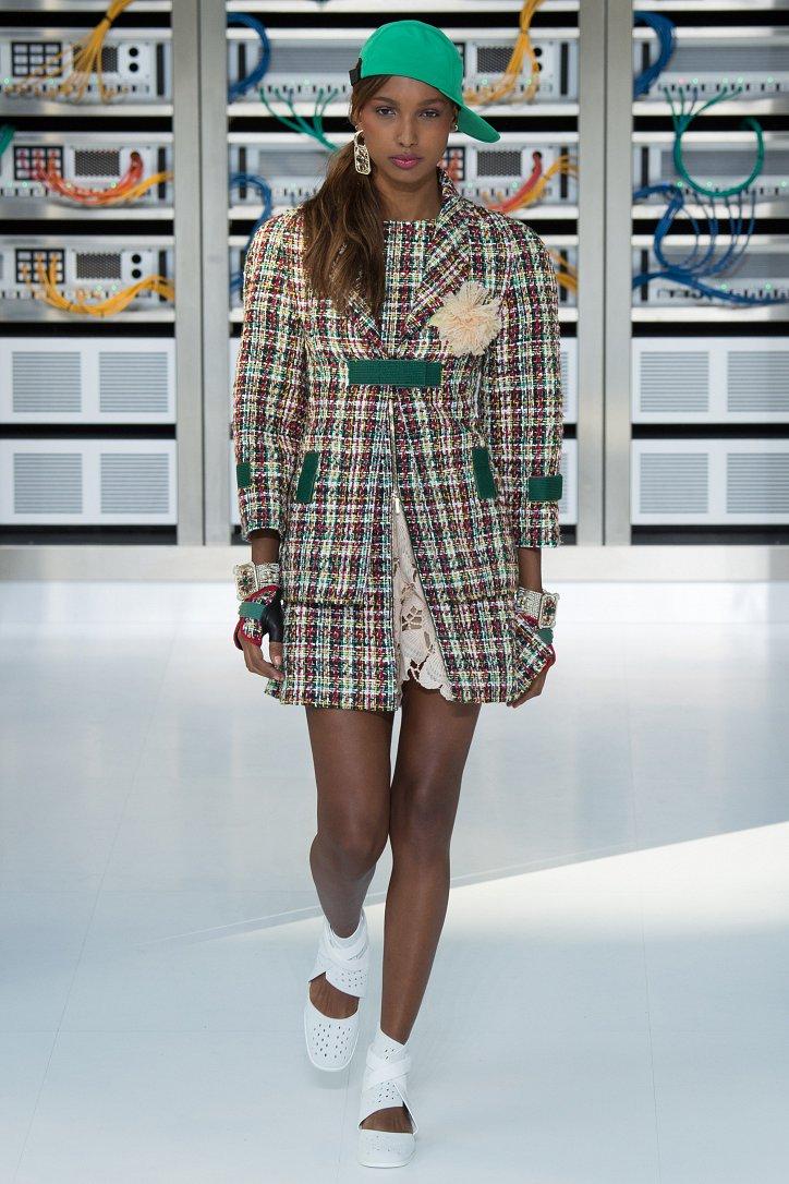 Chanel весна-лето 2017 фото №15