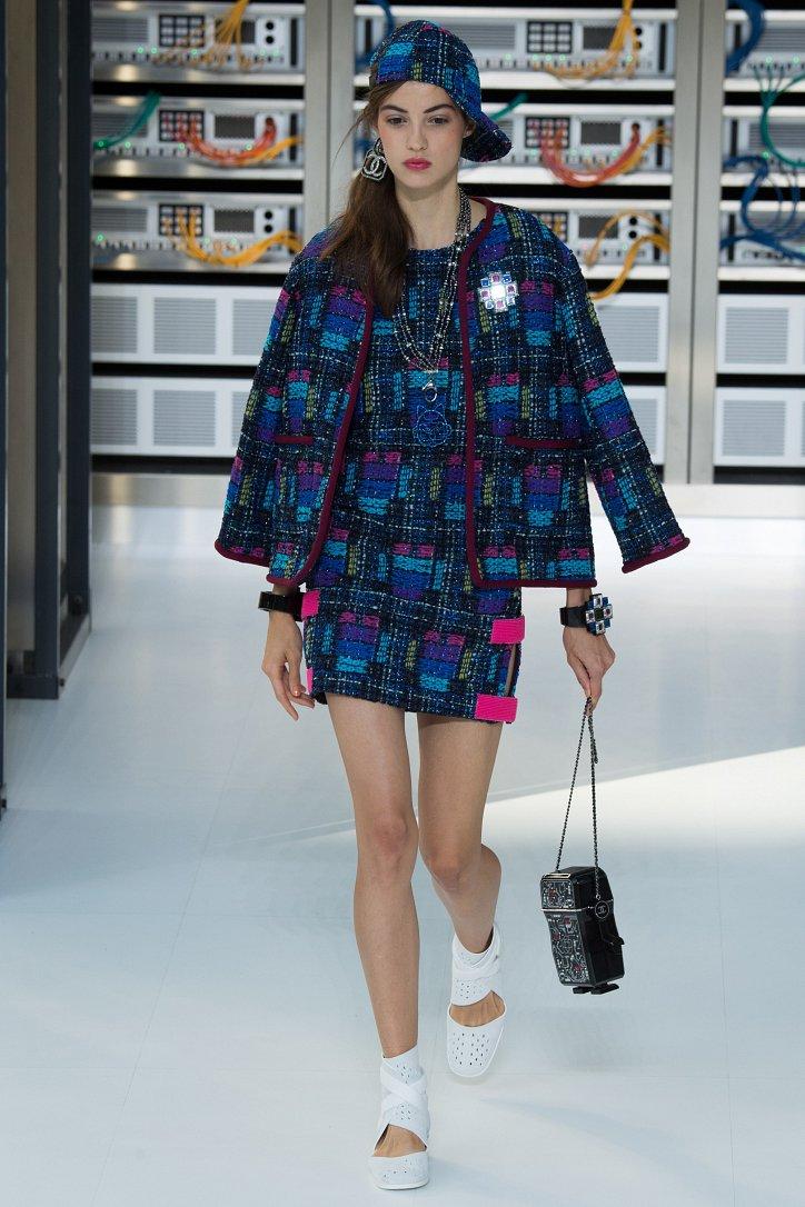 Chanel весна-лето 2017 фото №17