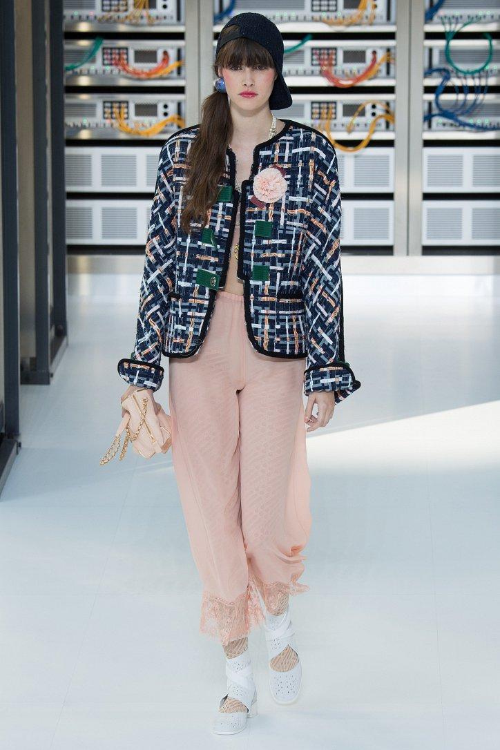 Chanel весна-лето 2017 фото №22